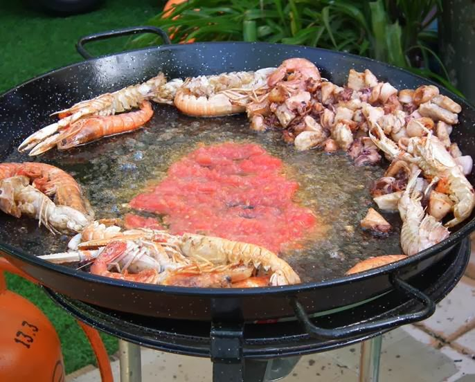 frying tomato seafood paella recipe